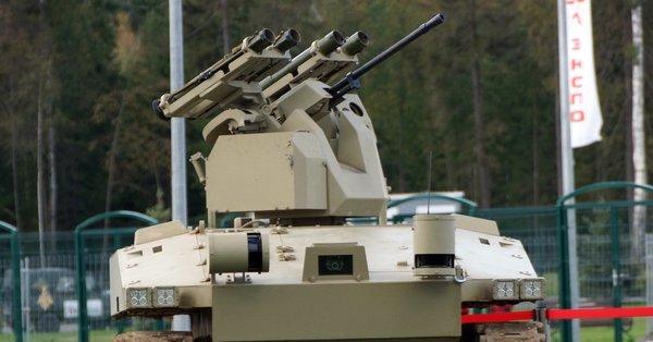 Российские роботы-камикадзе уже скоро будут жечь танки противника!