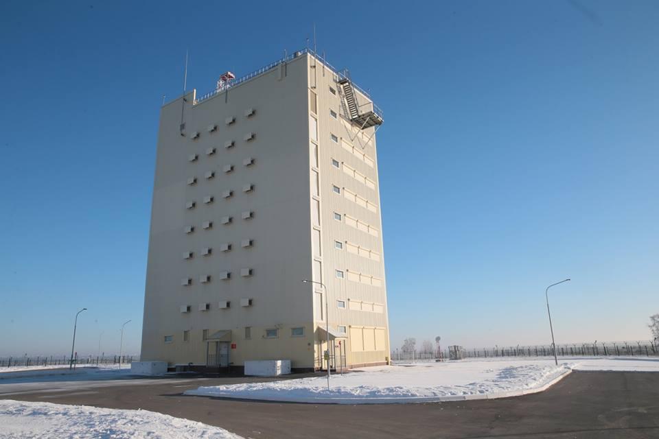 На боевое дежурство поставлены три новые РЛС системы предупреждения о ракетном нападении «Воронеж»