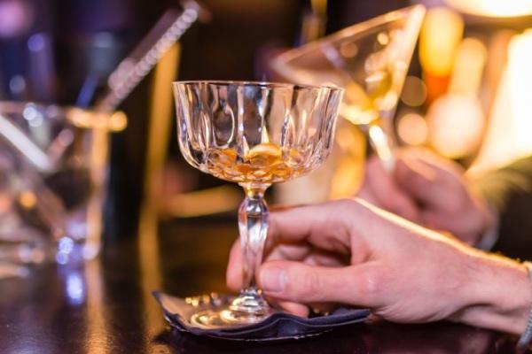 10 сортов самого крепкого алкоголя в мире