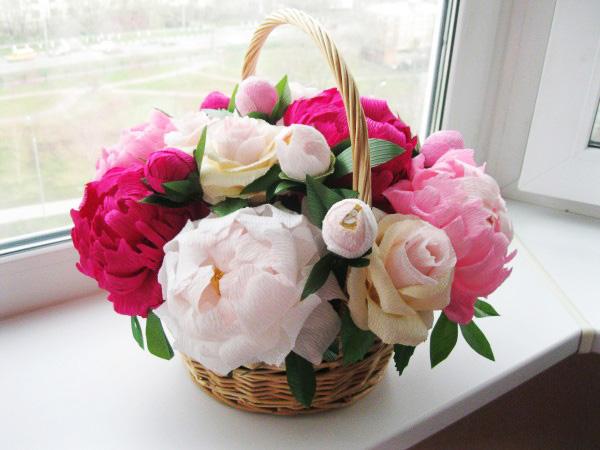 Цветы из гофрированной бумаги своими руками пионы фото 485