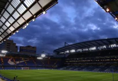 """После отказа в визе Абрамович заморозил строительство стадиона """"Челси"""" в Лондоне"""