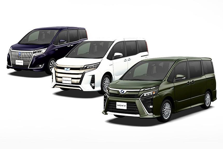Трое за одного: обновлены минивэны Toyota Noah, Voxy и Esquire