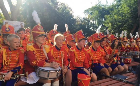 Международный фестиваль духовых оркестров проходит в Севастополе (фото)