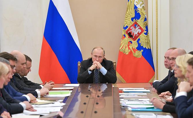 Для Путина наступил самый сложный период правления. С каким знаком — плюсом или минусом — войдет в историю нынешний президент?