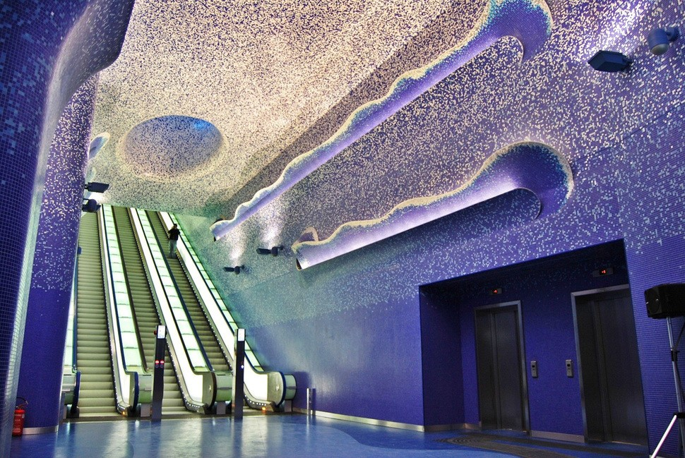 MetroStations08 17 самых волшебных станций метро со всего мира