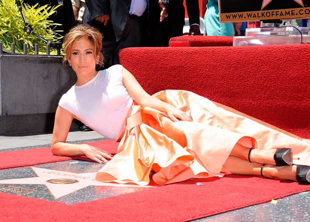 10 Fun Facts about Ms. Jennifer Lopez