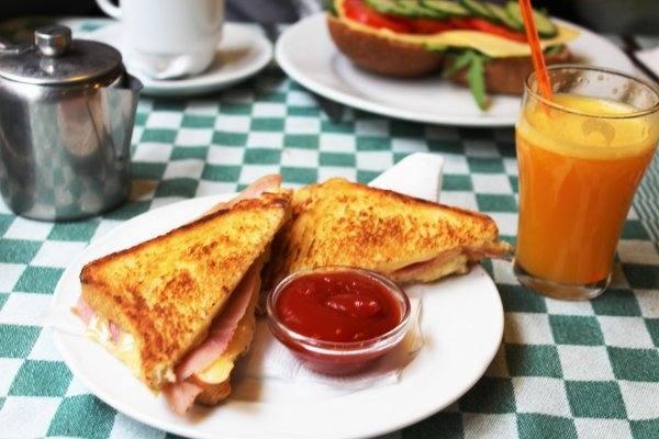 Вредный завтрак: Диетологи н…