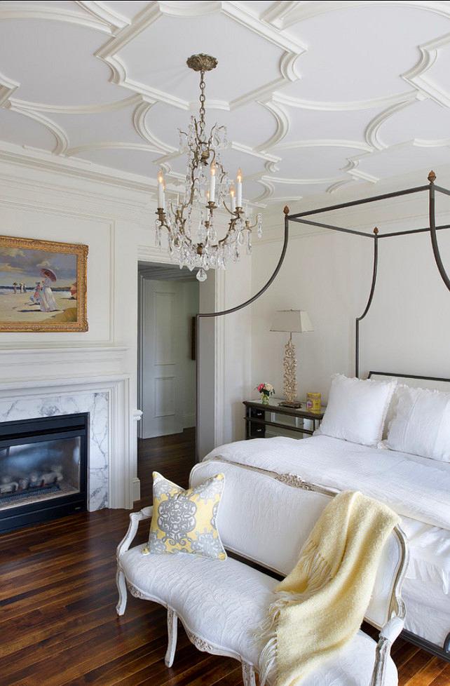 Мебель и предметы интерьера в цветах: черный, серый, белый, бежевый. Мебель и предметы интерьера в стилях: классика, французские стили.
