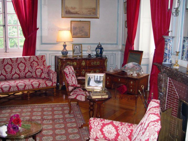http://www.france-voyage.com/visuals/photos/loir-et-cher/preview/chateau-de-cheverny-16.jpg