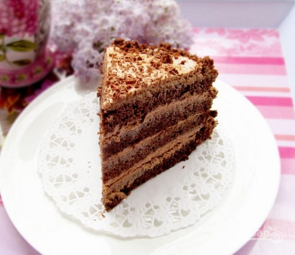 Шоколадный торт на именнины