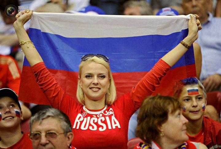 «Поклонницы футбола в России затмили собой сам футбол!» - иностранцы о российском мундиале