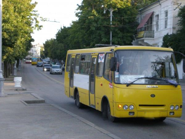 Как в Севастополе водитель а…