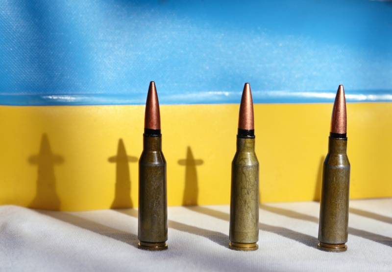 ВСУ превращают Мариуполь в военную базу