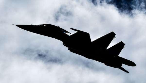 Эксперт: глупо хвастаться превосходством шведского истребителя над Су