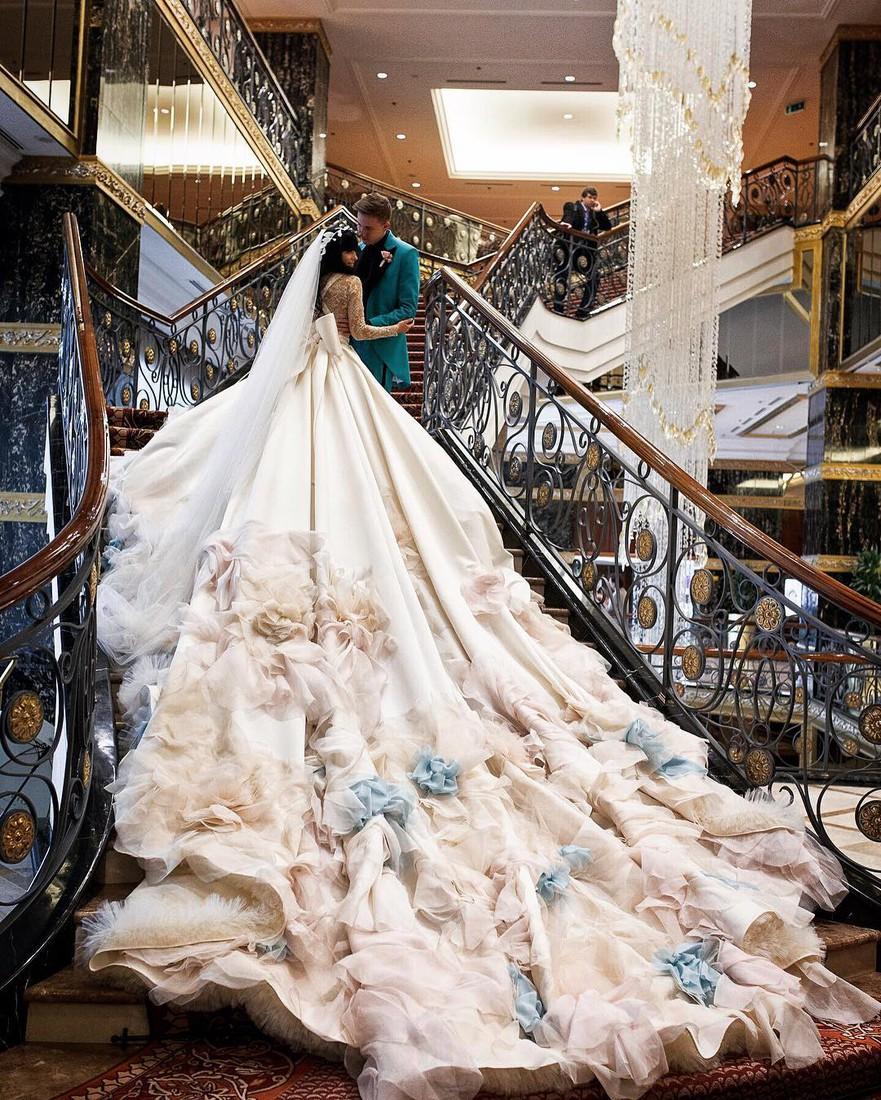 Моя невеста: в чем выходили замуж Летучая, Пелагея и другие российские звезды