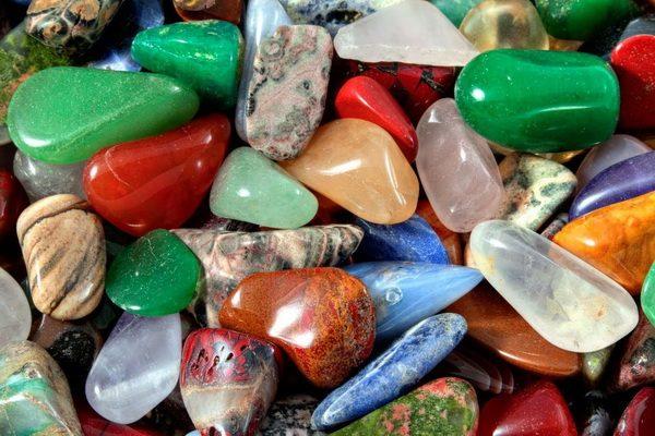 Камни - обереги от порчи и сглаза