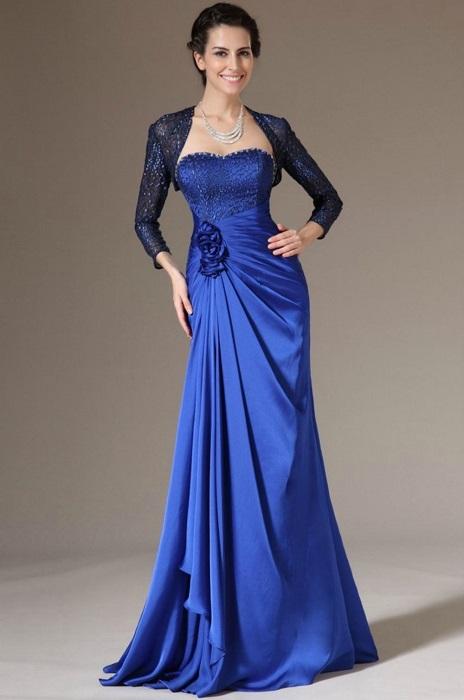 Классическое корсетное платье всегда в моде