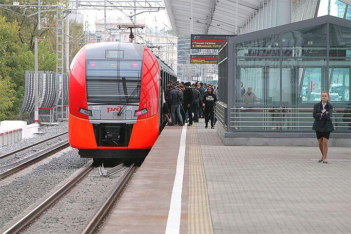 Метро Москвы и МЦК будут работать круглосуточно в День города