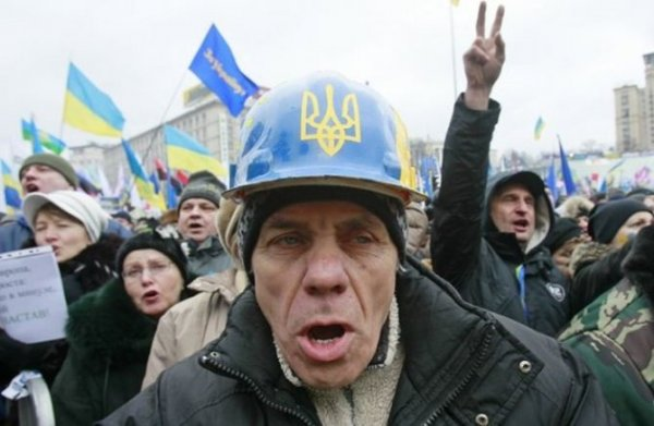 Письмо от украинских родственников: К счастью, зимой нам отключили газ, иначе бы мы вылетели в трубу