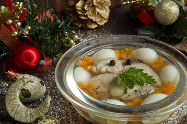 Заливная рыба – традиционная Новогодняя закуска: готовим без хлопот!