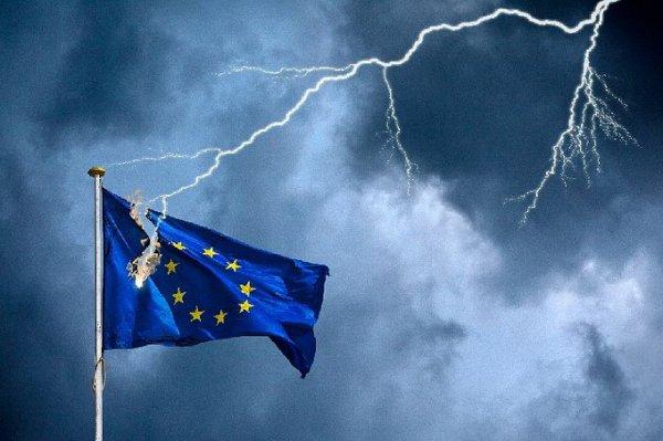 «Начинает падать Европа, а Россия устояла», — прозрение на телеканале Верховной Рады
