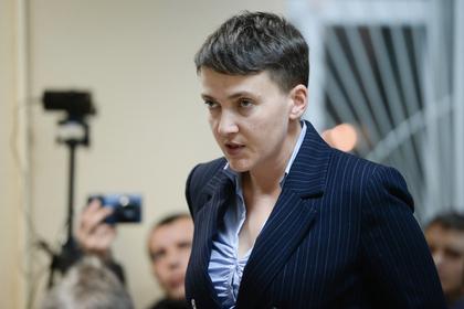 Савченко назвали «снегурочкой АТО» за ее предновогодний наряд