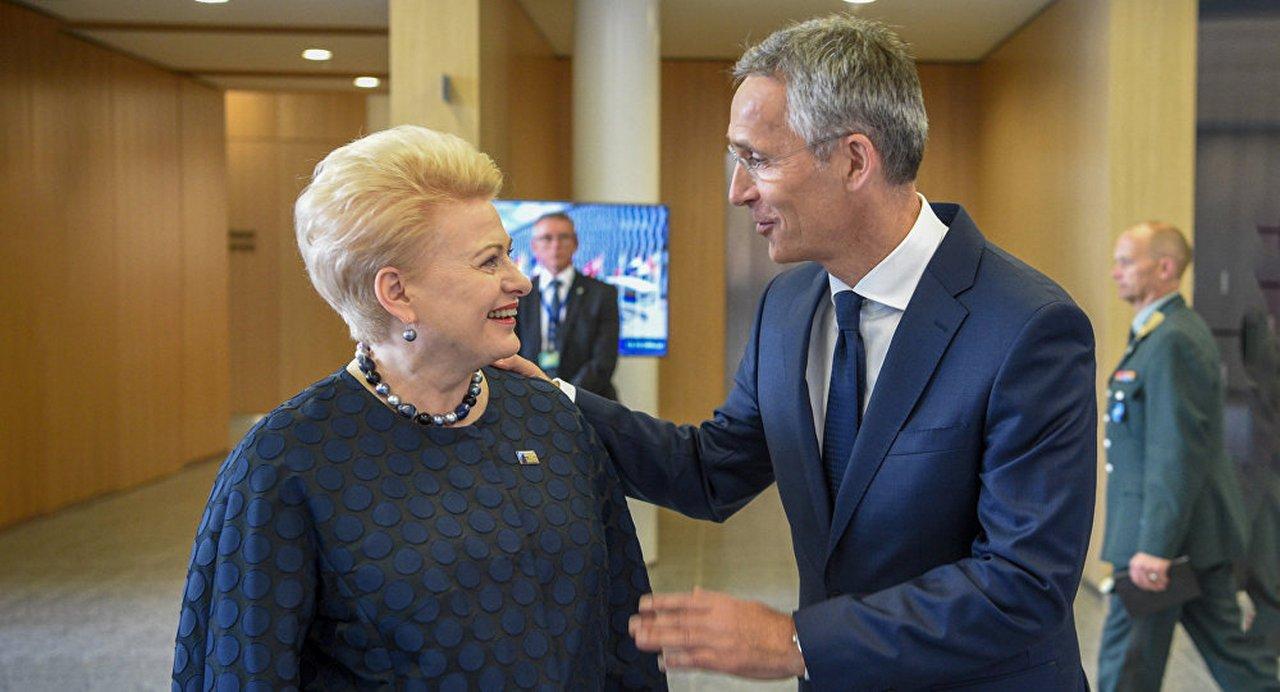 Приручили на свою голову: как балтийский «хвост» виляет НАТО