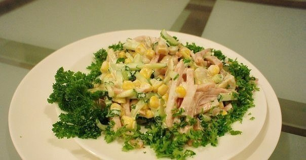 Итальянский салат к празднику или просто к ужину. Вкусно и просто!
