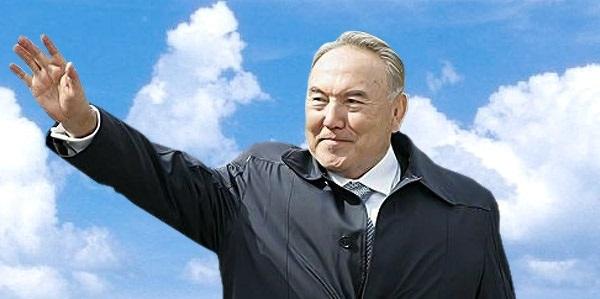 Брить и раздевать: Назарбаев…