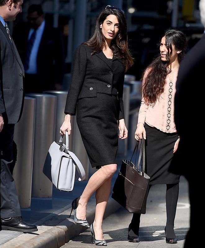 Модница недели: 5 образов беременной Амаль Клуни
