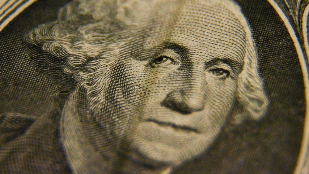 Капитуляция доллара: при каких условиях рубль возьмет реванш