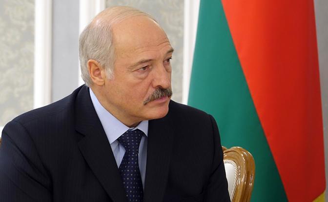 Три ножа в спину Москвы от «батьки» Лукашенко