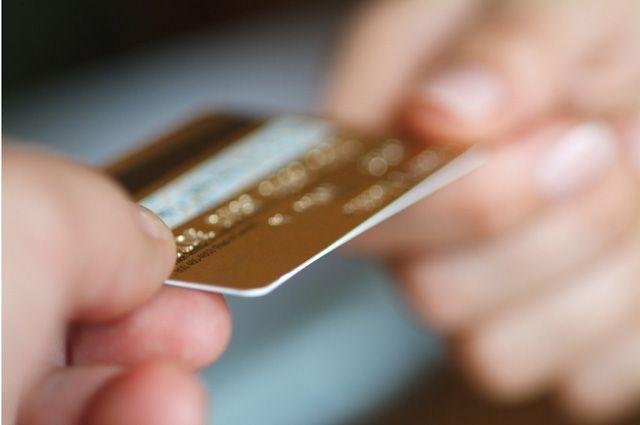 Мошенники придумали новую схему похищения средств с банковских карт – СМИ