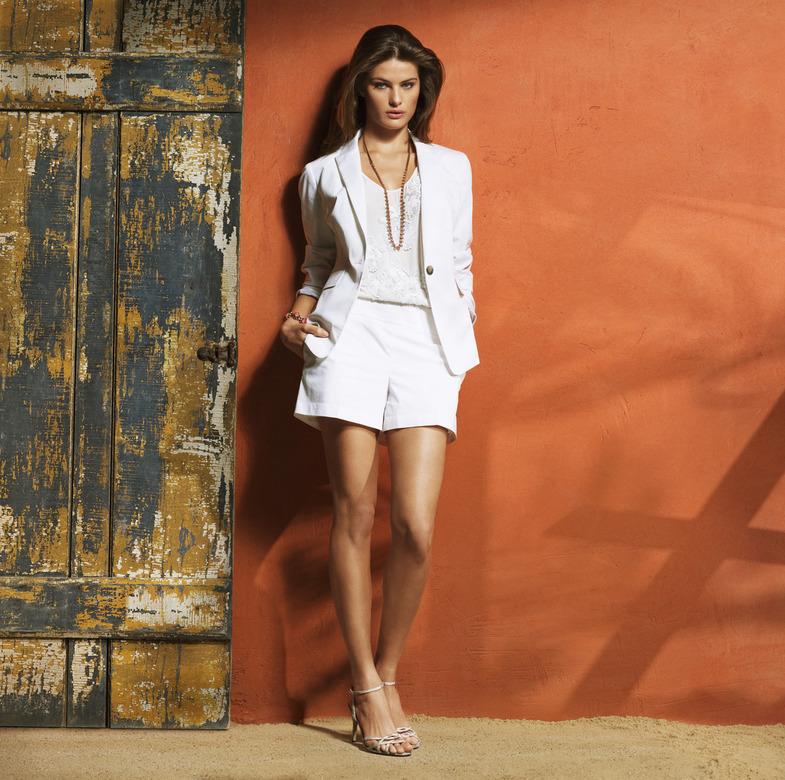 Изабели Фонтана  в рекламе бренда Ann Taylor лето 2011