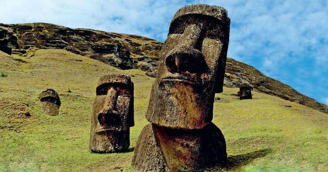 А вы знаете, что скрыто под головами на острове Пасхи?