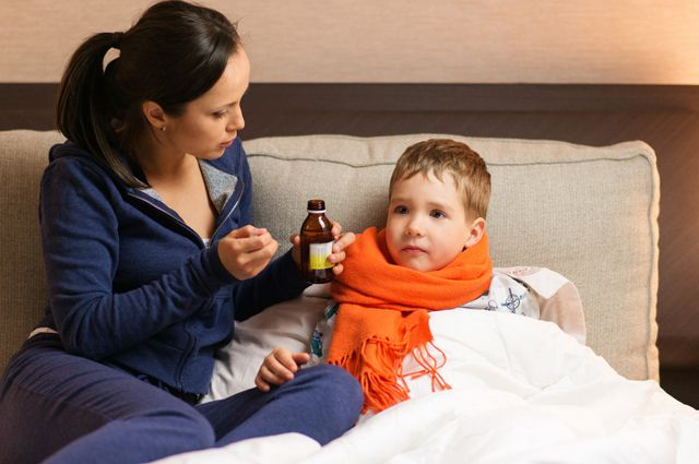 Компот от простуды. Как защитить ребёнка от гриппа и ОРЗ.