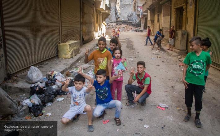 Дети-убийцы: как боевики ИГ взращивают юных террористов в своих лагерях