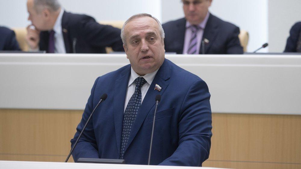 «Спасти» ситуацию можно только войной: Клинцевич отреагировал на слова Авакова о «наземной агрессии» РФ