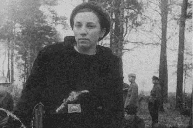 «Бандит Катя» - почему фашисты давали за ее голову 25 гектаров земли