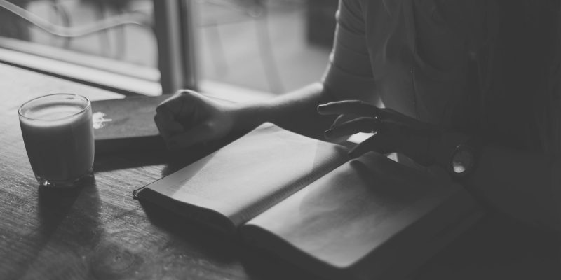 6 книг, которые помогут сохранить заряд энергии и вдохновения даже осенью