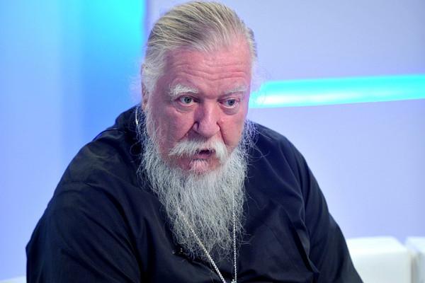 Священник РПЦ Дмитрий Смирно…