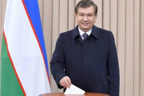 Согласно статье 5 закона о выборах президента республики узбекистан и утвержденной центризбиркомом программе