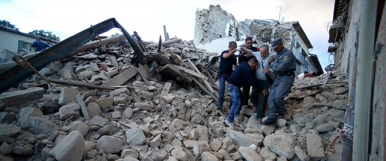 Мощное землетрясение уничтожило город в Италии