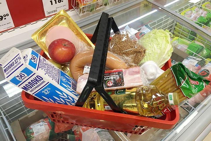 Еда в России дорожает в три раза быстрее инфляции