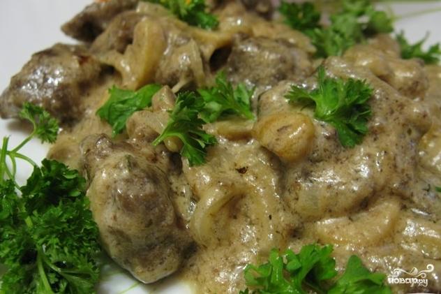 Тушеная говядина с грибами и подливкой рецепт