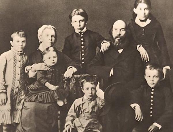 Как сложилась судьба братьев и сестёр Ульяновых