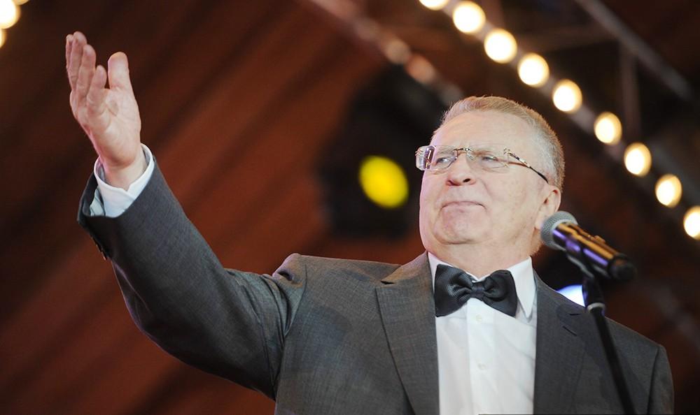 Жириновский предложил заменить звёзды на Кремле орлами