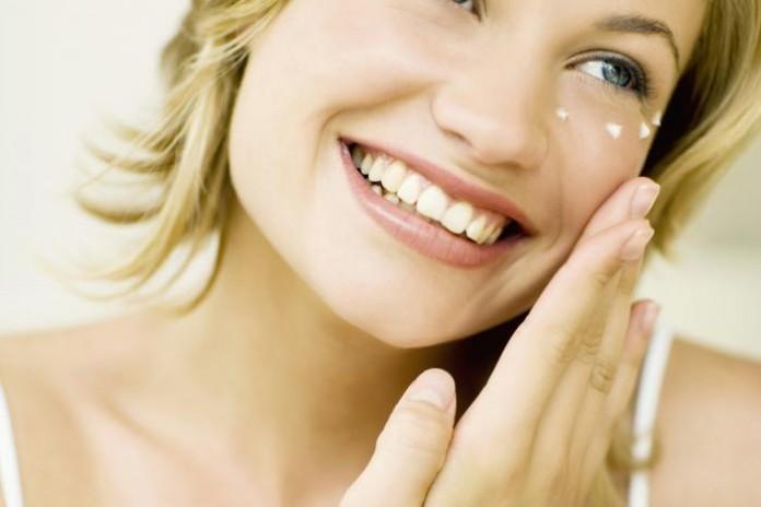 Избавиться от отеков! Эффективный массаж кожи вокруг глаз!