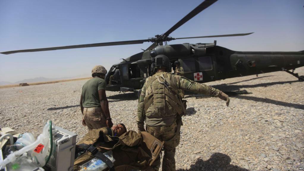 Афганский солдат расстрелял …