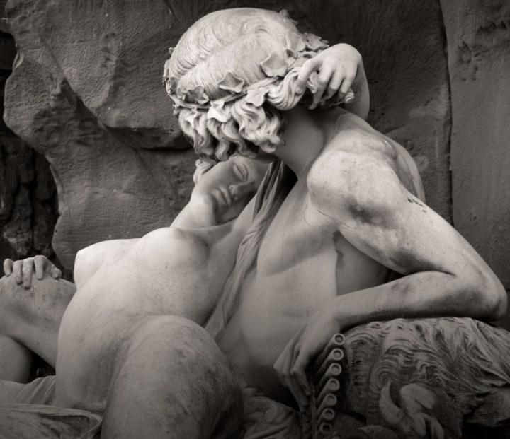 Бесподобные скульптуры прошлого и настоящего